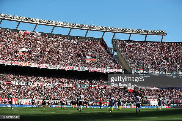 A general view of the action during the Argentine Primera Division match between River Plate and Boca Juniors at the Estadio Monumental Antonio...