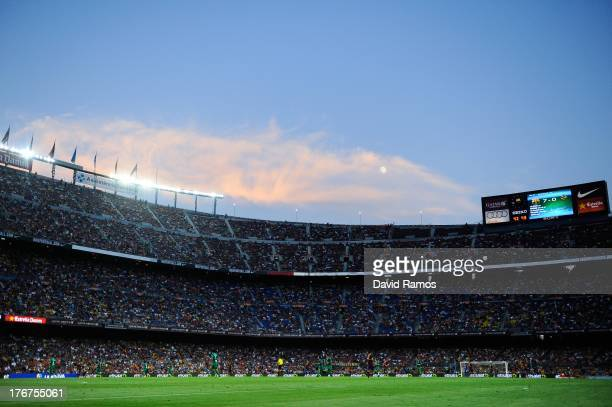 A general view of the action during the La Liga match between FC Barcelona and Levante UD at Camp Nou on August 18 2013 in Barcelona Spain