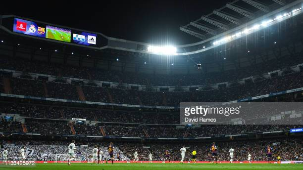 General view of the action during the La Liga match between Real Madrid CF and FC Barcelona at Estadio Santiago Bernabeu on March 02, 2019 in Madrid,...