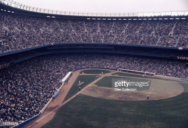 A general view of the action during the Opening Day Game on April 15 1976 between the Minnesota Twins and the New York Yankees at Yankee Stadium in...