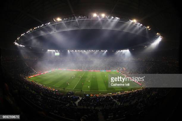 A general view of the action during the UEFA Europa League Final between Olympique de Marseille and Club Atletico de Madrid at Stade de Lyon on May...