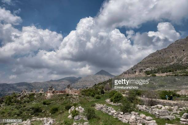 general view of the ancient city of sagalassos burdur province. - emreturanphoto stock pictures, royalty-free photos & images