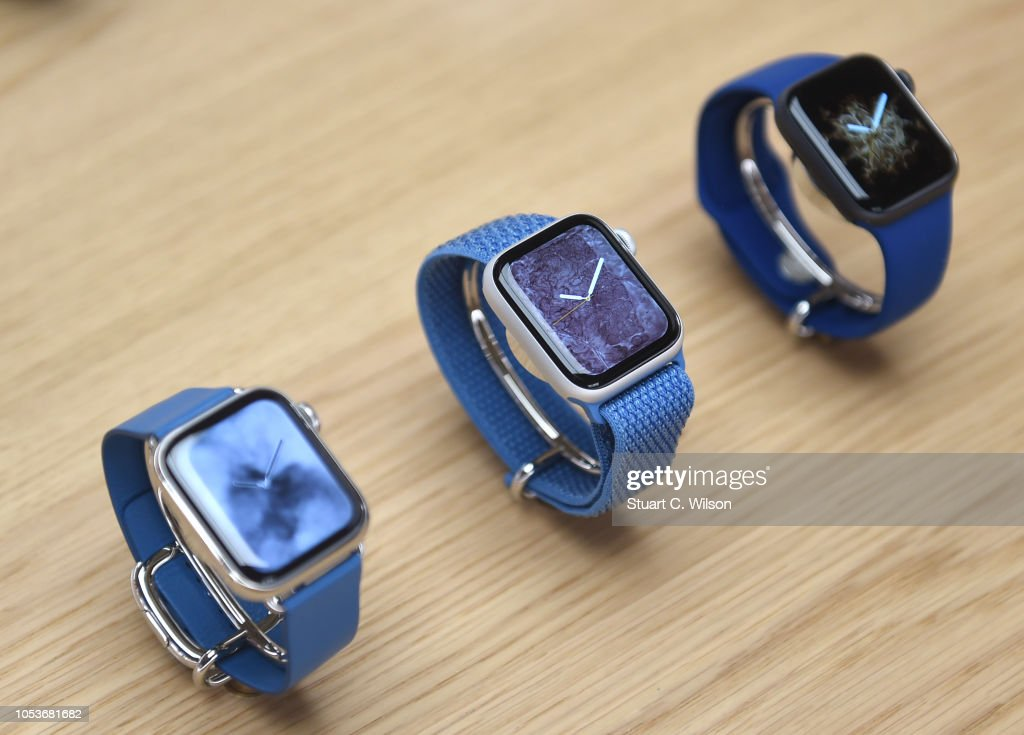 Apple Covent Garden Re-opening And iPhone XR Launch : ニュース写真