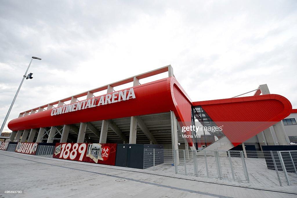 FC Bayern Muenchen v Paulaner Traumelf - Friendly Match : News Photo