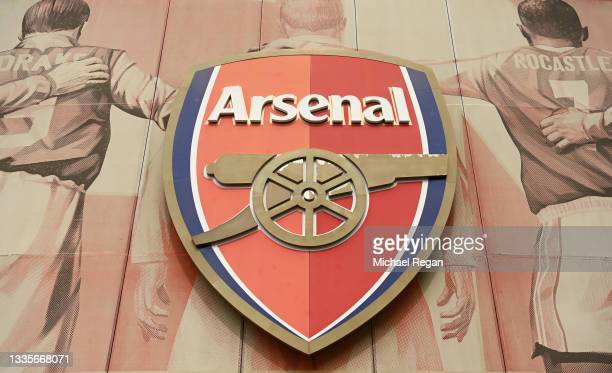 General view of the Arsenal club crest outside the stadium prior to the Premier League match between Arsenal and Chelsea at Emirates Stadium on...