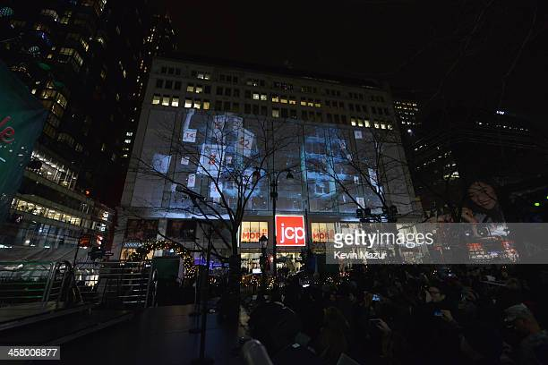 A general view of the atmosphere at a surprise holiday event and performance by Blake Shelton with the USO Show Troupe virtual carolers and...