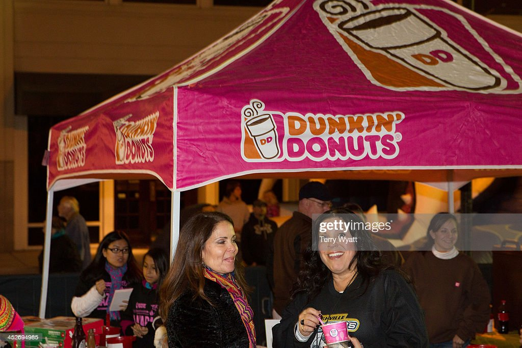 92e2d26621901 Dunkin  Donuts Nashville Predators Thanksgiving Weekend Plaza Party   News  Photo