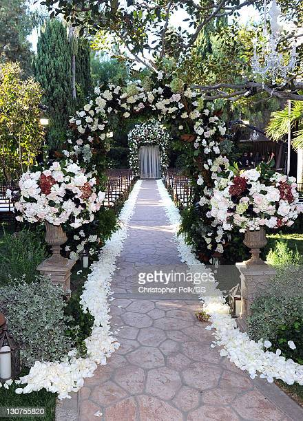 General view of the atmosphere at the wedding of Gene Simmons and Shannon Tweed at the Beverly Hills Hotel on October 1 2011 in Los Angeles California