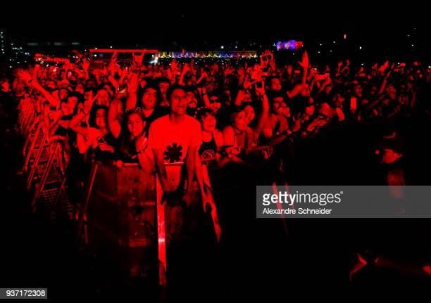 General view of the audience during the Red Hot Chili Peppers concert during the Lollapaloosa Sao Paulo 2018 Day 1 on March 23 2018 in Sao Paulo...