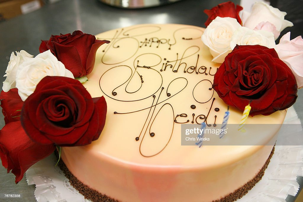 Amazing A General View Of The Birthday Cake Is Seen At Heidi Montags 21St Funny Birthday Cards Online Amentibdeldamsfinfo