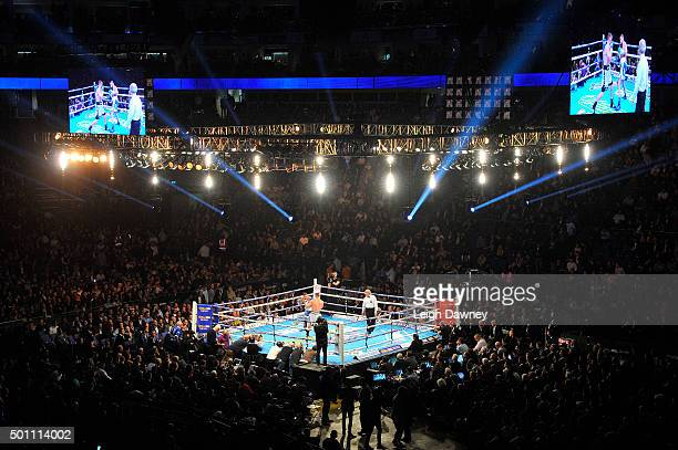 A general view of the bout between Tony Bellew of Great Britain and Mateusz Masternak of Poland whilst they box for the Vacant EBU Cruiserweight...