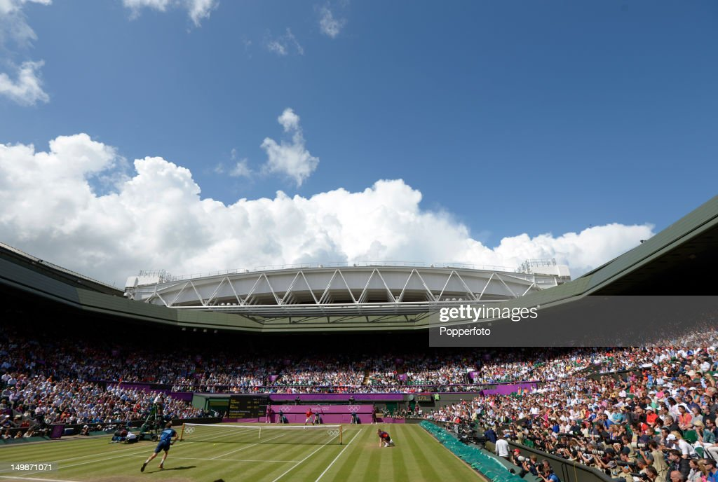 General view of the centre court as Andy Murray of Great Britain plays against Roger Federer of Switzerland during the Men's Singles Tennis Gold Medal Match on Day 9 of the London 2012 Olympic Games at the All England Lawn Tennis and Croquet Club on August 5, 2012 in London, England.