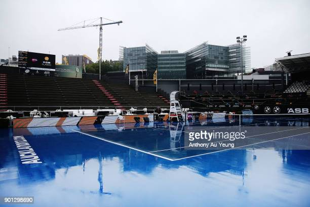 General view of the centre court during a major rain delay during day five of the ASB Women's Classic at ASB Tennis Centre on January 5 2018 in...