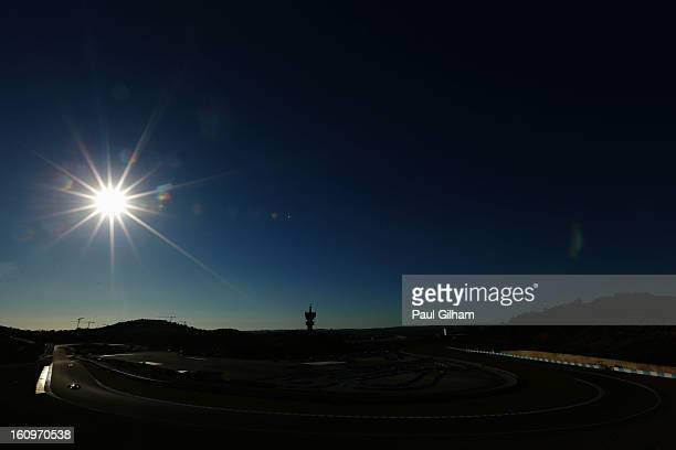General view of the circuit as teams squeeze in their final laps during Formula One winter testing at Circuito de Jerez on February 8, 2013 in Jerez...