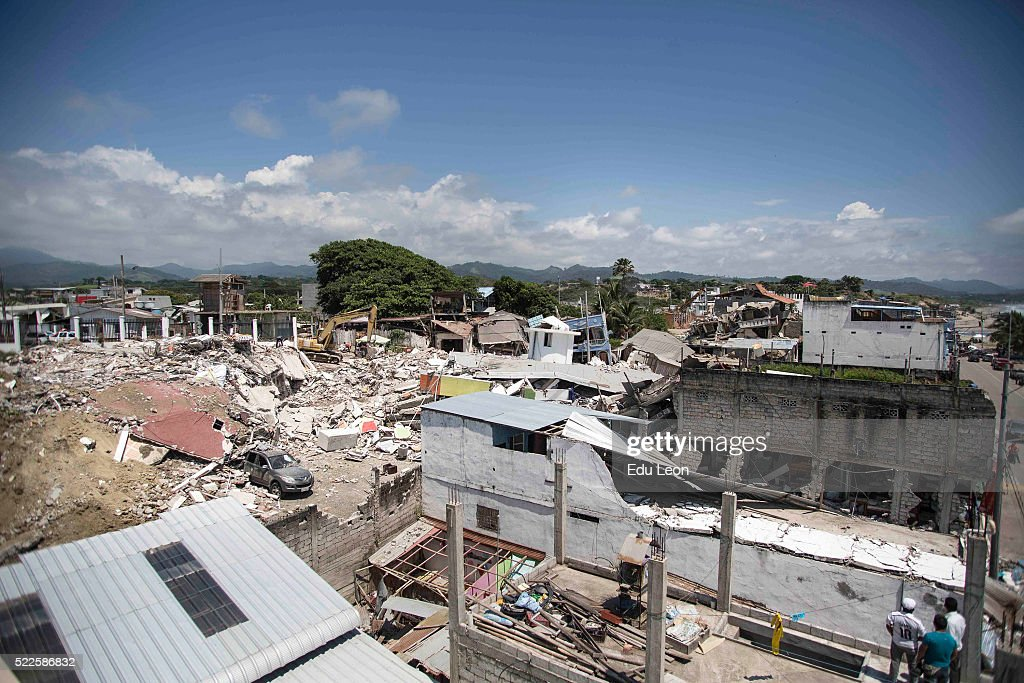 General view of the city after the earthquake in Ecuador on April 19, 2016 in Pedernales, Ecuador. At least 400 people were killed after a 7.8-magnitude quake.