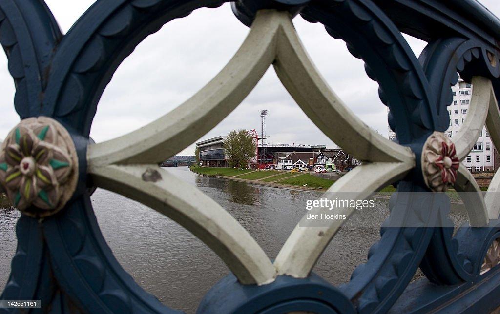 Nottingham Forest v Bristol City - npower Championship : News Photo