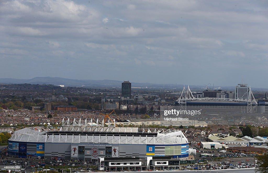 Cardiff City v Stoke City - Premier League : News Photo