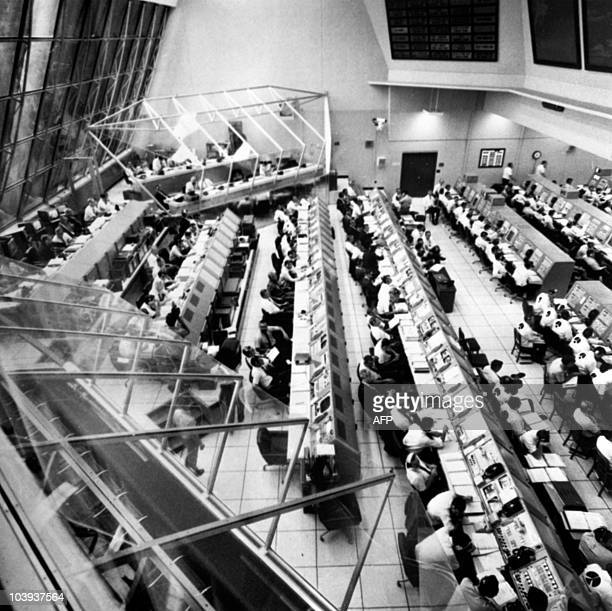 General view of the control room of the Kennedy Space Center during the launching of the Apollo 12 / Saturn V space vehicle on November 14 at Cap...
