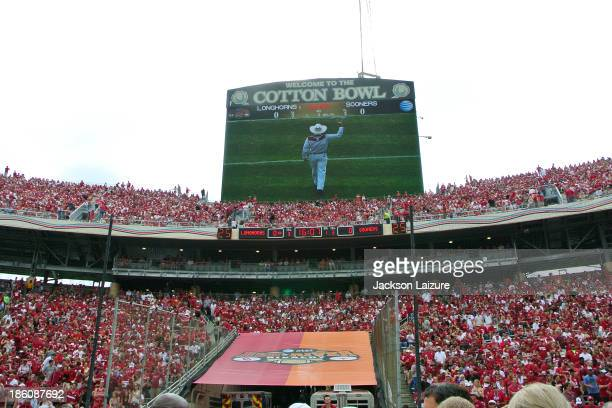 A general view of the Cotton Bowl scoreboard during the Red River Shootout between the Oklahoma Sooners and the Texas Longhorns on October 12 2013 at...