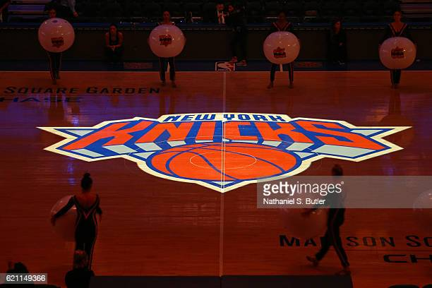 General view of the court at Madison Square Garden before the Memphis Grizzlies against the New York Knicks on October 29, 2016 in New York City, New...