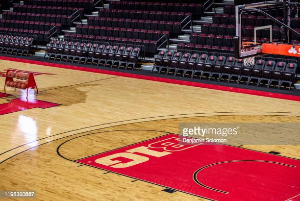 65 758 College Basketball Court Photos And Premium High Res Pictures Getty Images