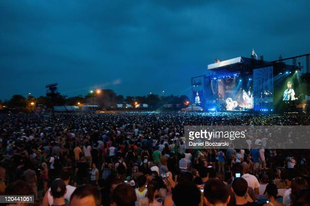 General view of the crowd watching Muse perform during Lollapalooza Festival 2011 at Grant Park on August 5 2011 in Chicago United States