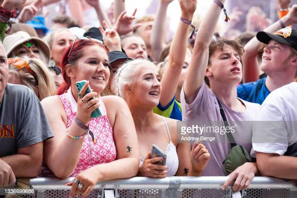 General view of the crowd while Tom Grennan performs on the main stage during Leeds Festival 2021 at Bramham Park on August 27, 2021 in Leeds,...