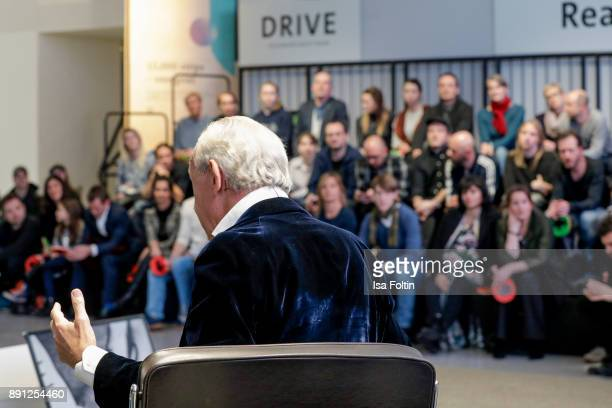 A general view of the discussion panel of Clich'e Bashing 'soziale Netzwerke Real vs Digital' In Berlin at DRIVE Volkswagen Group Forum on December...
