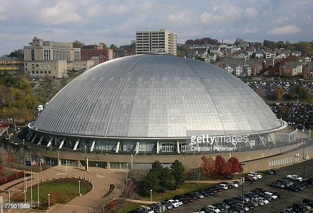 General view of the exterior of Mellon Arena before the NHL game between the Pittsburgh Penguins and the New York Islanders on November 15 2007 in...