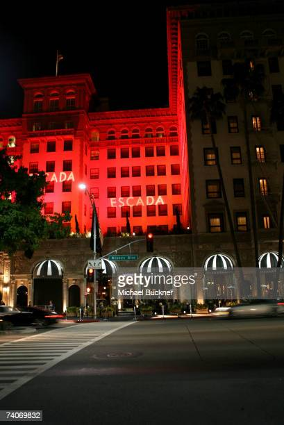 General view of the exterior of the Regent Beverly Wilshire Hotel displaying the ESCADA Grand-Reopening lights on May 3, 2007 in Beverly Hills,...