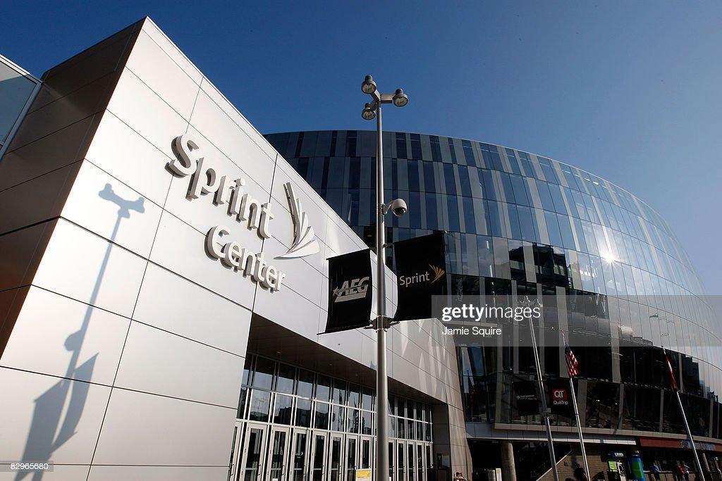 Los Angeles Kings v St. Louis Blues : News Photo