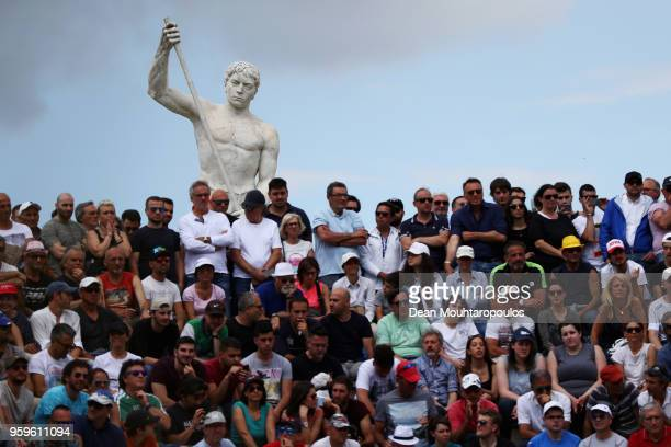 A general view of the fans as they watch Juan Martin del Potro of Argentina in his match against David Goffin of Belgium during day 5 of the...