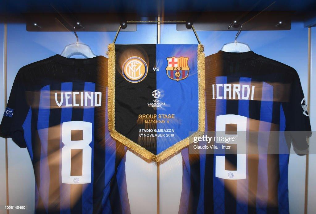 FC Internazionale v FC Barcelona - UEFA Champions League Group B : News Photo