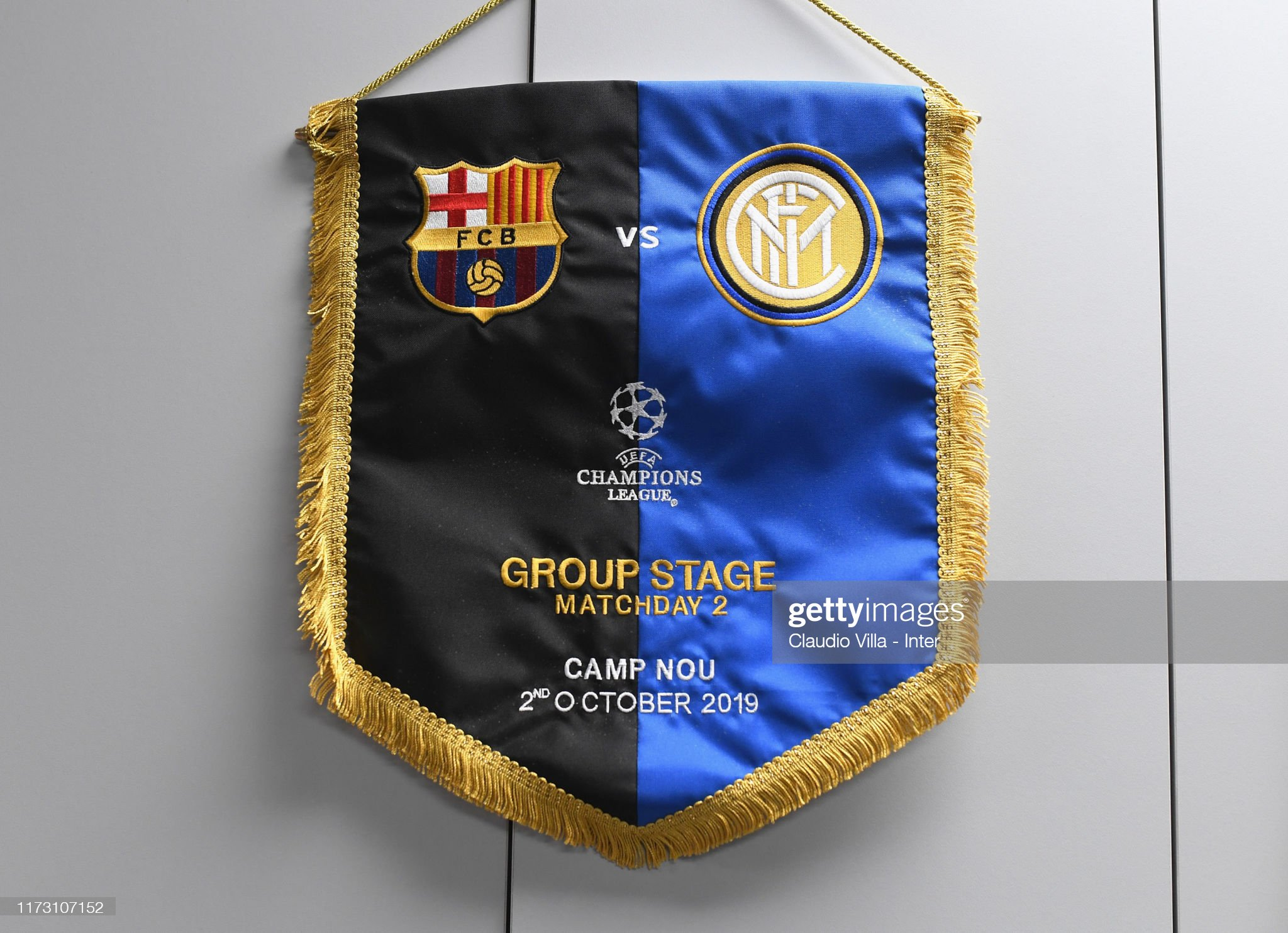 صور مباراة : برشلونة - إنتر 2-1 ( 02-10-2019 )  General-view-of-the-fc-internazionale-dressing-room-ahead-of-the-uefa-picture-id1173107152?s=2048x2048