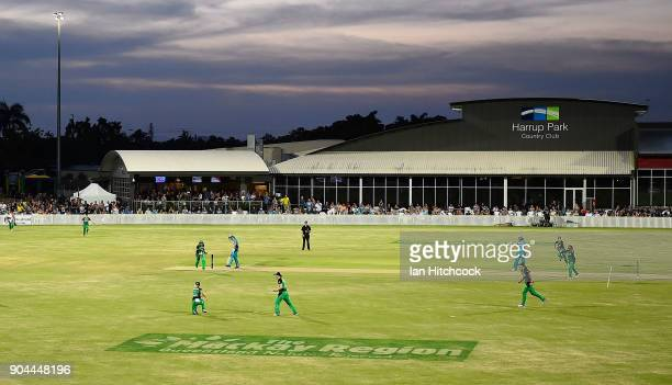 A general view of the field of play during the Women's Big Bash League match between the Brisbane Heat and the Melbourne Stars on January 13 2018 in...