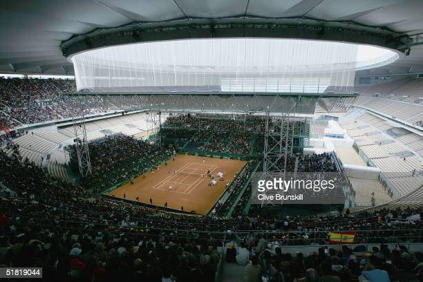 General view of the first rubber between Carlos Moya of Spain and Mardy Fish of the USA during the Davis Cup by BNP Paribas-World Group Final between...