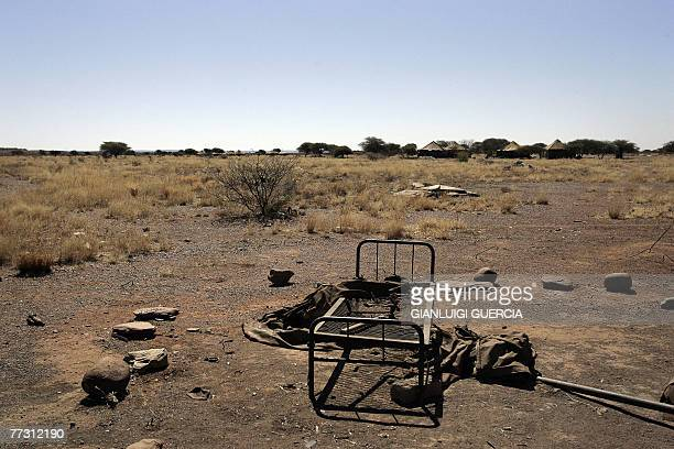 General view of the former SAN settlement is seen, 01 September 2007, in Schmidtsdrift on the outskirts of the Northern Cape town of Kimberley. In...