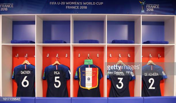 Sandy Baltimore of France challenges for the ball with Kyung Hui Ko of Korea DPR during the FIFA U20 Women's World Cup France 2018 Quarter Final...