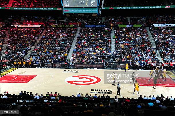 A general view of the game between the Los Angeles Lakers and Atlanta Hawks on November 2 2016 at Philips Arena in Atlanta Georgia NOTE TO USER User...
