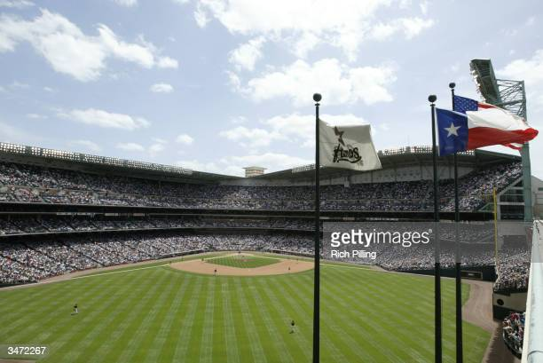 A general view of the game between the Milwaukee Brewers and Houston Astros at Minute Maid Park on April 18 2004 in Houston Texas The Astros defeated...
