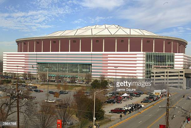 General view of the Georgia Dome before the game between the Atlanta Falcons and the Jacksonville Jaguars on December 28, 2003 in Atlanta, Georgia....