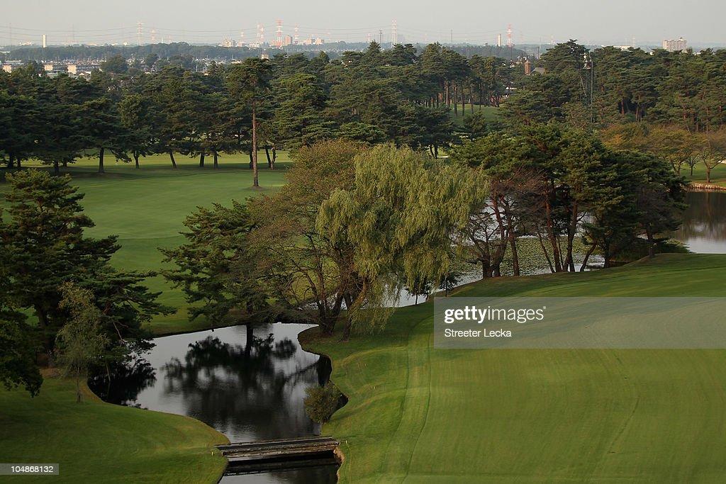 Japanese mature amateur couple  780点のAsian Amateur Golfのストックフォト - Getty Images