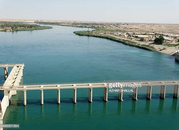 A general view of the Haditha dam in the Euphrates River near in the Anbar province on September 10 2014 AFP PHOTO / AZHAR SHALLAL