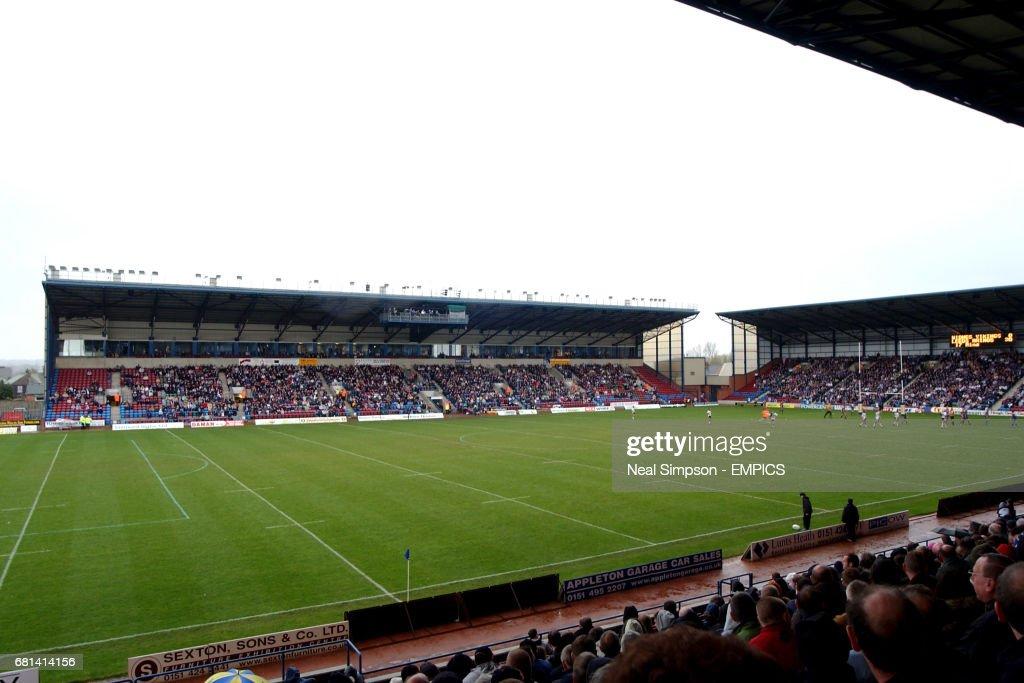 Rugby League - Tetleys Super League - Widnes Vikings v Leeds Rhinos : News Photo