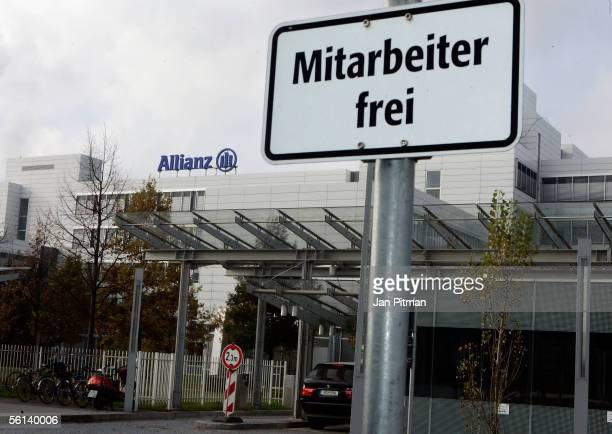 A general view of the headquarters of the Allianz Insurance is seen on November 11 2005 in Munich Germany The Financial Times Germany announced that...