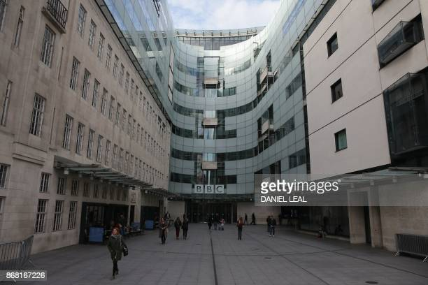 A general view of the headquarters of the British Broadcasting Corporation in London on October 30 2017 / AFP PHOTO / Daniel LEALOLIVAS