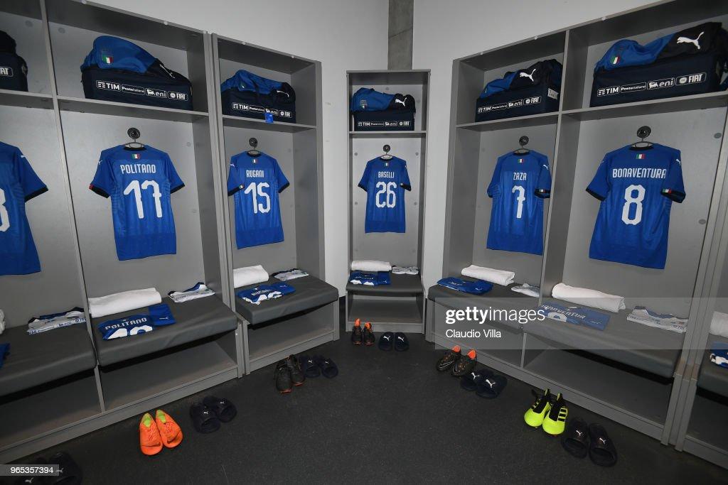 France v Italy - International Friendly match : Photo d'actualité