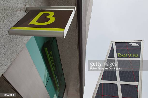 A general view of the Kio Towers headquarters of Bankia in Plaza de Castilla on June 9 2012 in Madrid Spain Despite the severe budget cuts that...