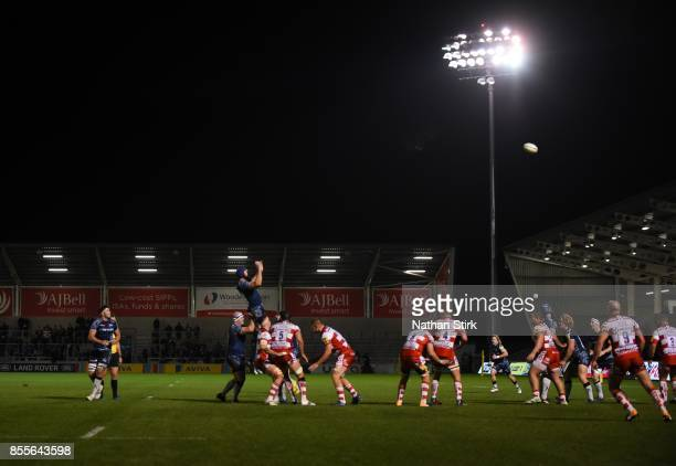 General view of the line out action during the Aviva Premiership match between Sale Sharks and Gloucester Rugby at AJ Bell Stadium on September 29...