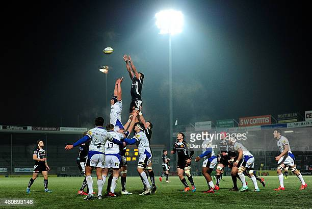 A general view of the line out during the Aviva Premiership A League match between Exeter Braves and Bath United at Sandy Park on December 29 2014 in...
